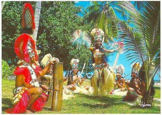 #ridecolorfully  Tahiti!