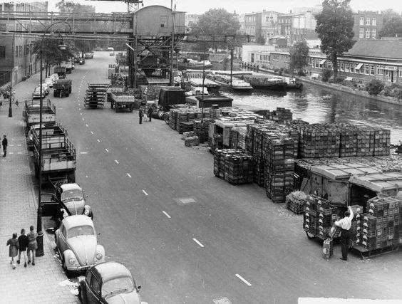 De Amstelbrouwerij aan de Mauritskade jaren '60