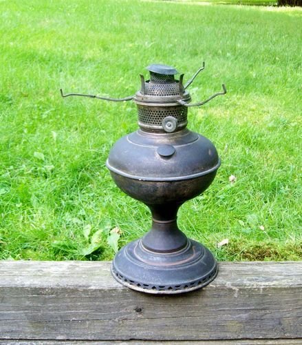 Oil lamps brass and lamps on pinterest for Naugatuck glass company