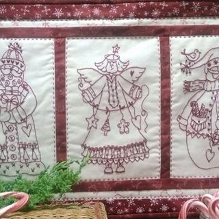 Picture of Three Christmas Friends Pattern - Machine Embroidery - CD