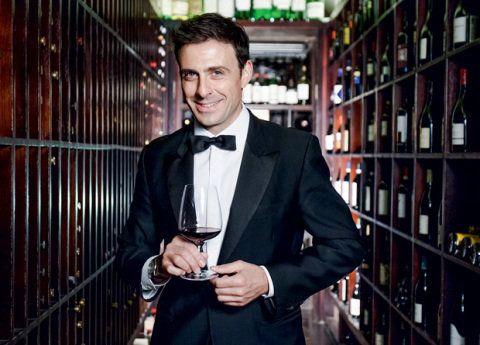 Massimo Leoncini, do Fasano, dá dicas de bons rótulos a partir de R$ 25,90. Veja também preciosidades das adegas de cada unidade visitada