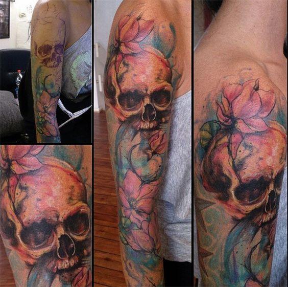 follow the colours tattoo friday realismo aquarela suliée pepper caveira flor