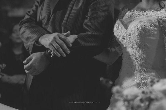 noivos, casamento, vestido de noiva pedras, Alex Santiago Fotografia, foto criativa, romântica e autoral de casamento