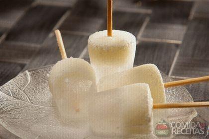 Receita de Picolé de limão em receitas de sorvetes, veja essa e outras receitas aqui!