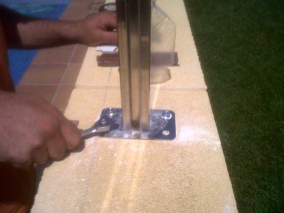 Sistema de fijación para #valla de #compacto #fenolico con #postes ...