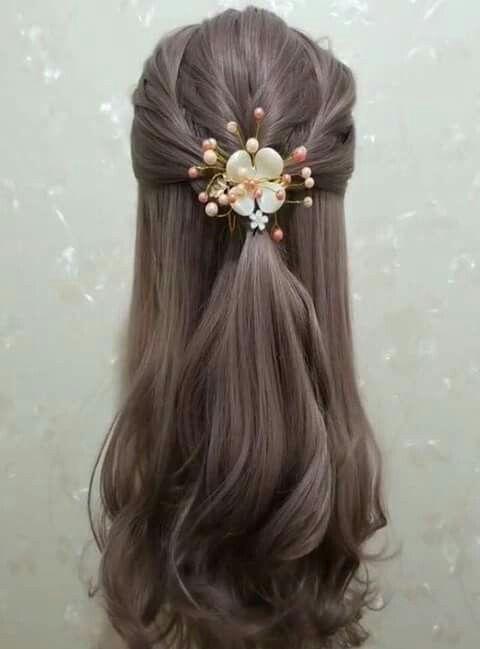 Pin By Vijaya Lakshmi On Hair Hair Styles Hair Style Recogido Long Hair Styles
