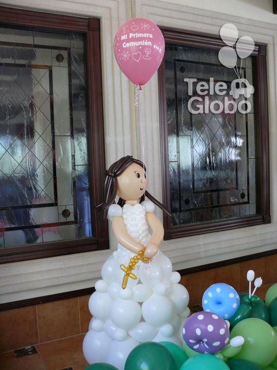 Mu eca de primera comuni n con globos decoraciones con for Decoracion globos comunion