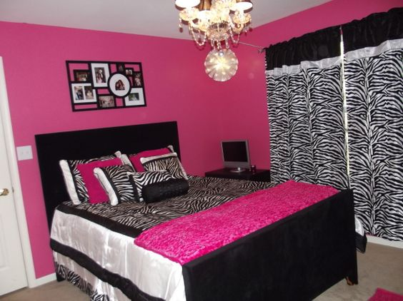 Zebra and hot pink 11 year old girl mikaylahs room for Pink zebra bedroom ideas