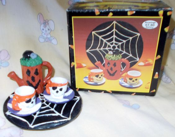 Halloween mini tea set, 1997.
