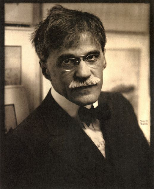 "Edward Steichen: Alfred Stieglitz at ""291"". 1915."