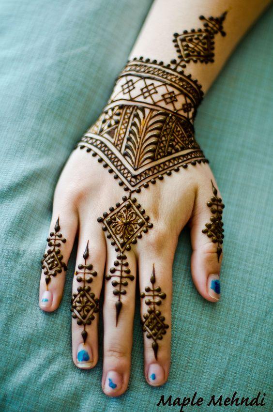 Moroccan Mehndi Patterns : Mehendi patterns and its beautiful on pinterest