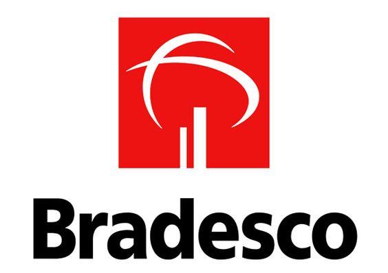 """A curva à esquerda do símbolo do Bradesco é uma alusão à projeção celeste sobre o Brasil, a esfera central da Bandeira. A curva à direita sugere a faixa que corta a Bandeira Brasileira, onde se posiciona o lema """"Ordem e Progresso""""."""