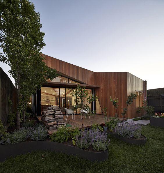Diagonal House / Simon Whibley Architecture & Antarctica
