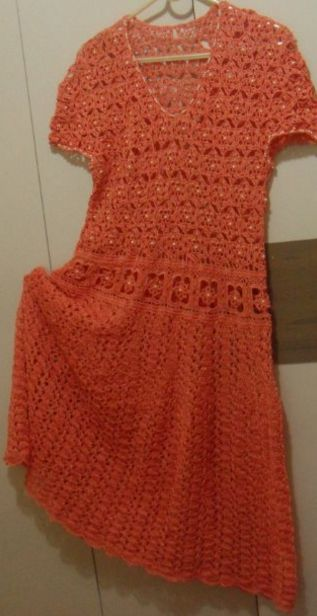 Vestido de festa bordado com perolas