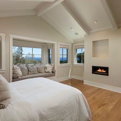Bedroom painting rooms with cathedral ceilings design for Master bedroom vaulted ceiling paint ideas