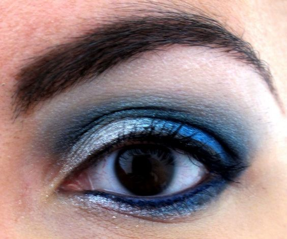 silver and blue makeup