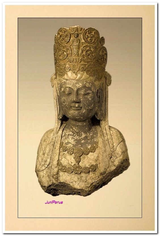 Seated Bodhisattva, Song dynasty.