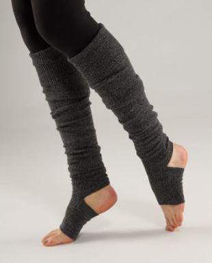 I LOVE these. They look soooo comfy and warm and fallish. I want them, like, right now.