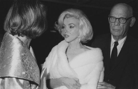 """Marilyn Monroe -May 19 1962- """"Happy birthday Mr President"""" - The arrival of Marilyn alongside Pat Newcomb and Isadore Miller. Marilyn did not know that taking this commitment it gave to the Fox an argument to dismiss the filming of """"Something's Got to Give."""" It was the last known occasion when Marilyn met John Fitzgerald Kennedy. She whispered """"Happy Birthday"""" in front of 17,000 Democrats and many stars at Madison Square Garden"""