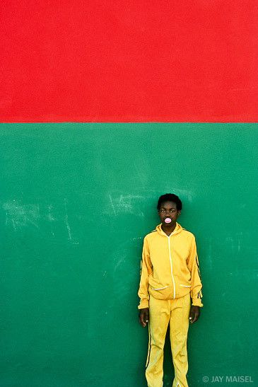 Jay Maisel - Red, Green, Yellow