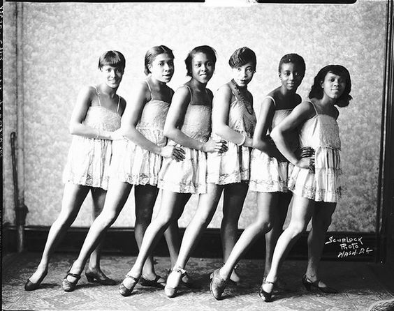 Effie Moore & Troupe. Every face is very distinctive. Scurlock Studio Records, Archives Center, National Museum of American History, Smithsonian Institution. Addison Scurlock. Image credit: Vintage Vaudeville & Burlesque Images