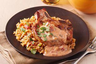 Les repas qui se cuisent dans un seul plat ont toujours la cote dans les CUISINES KRAFT, et celui-ci fait partie de nos favoris. Il vous suffira d'une poêle et d'un rond bien chaud!