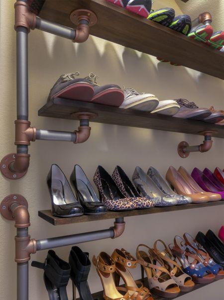 Diy industrial galvanized pipe shoe rack ideas diy for Diy wall shoe rack