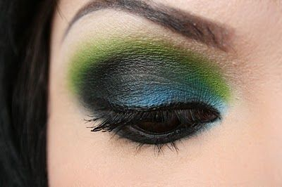 blue, green, and black smokey eye.  I don't know if I could pull this off...but I love it!