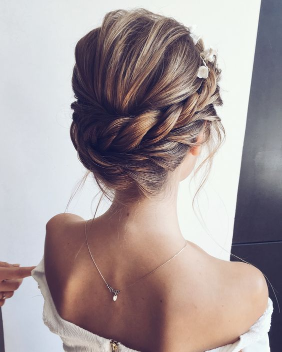 12 Amazing Updo Ideas For Women With Short Hair Best Hairstyle Ideas Hair Up Styles Braids For Short Hair Elegant Wedding Hair