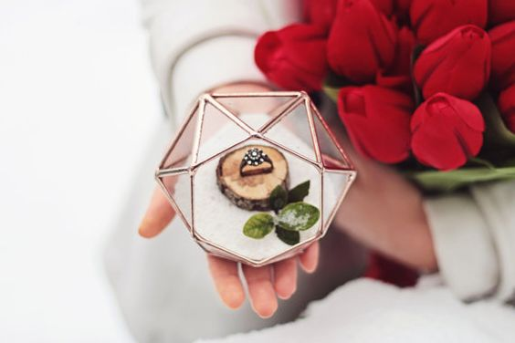 NEW Mini Diamond Ring Bearer Box / Wedding Ring Box / Rose par Waen
