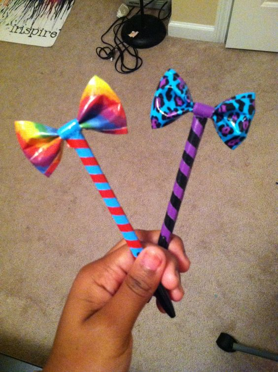 More Duct Tape Bow Pens..