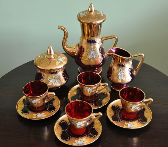 Stunning Unique Ruby Gold Murano Venetian Glass Coffee Tea