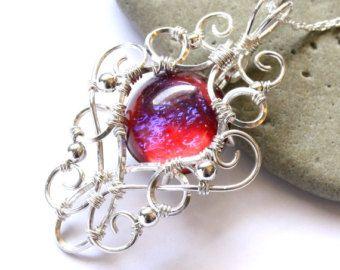 Respiración ópalo de fuego colgante - Plata alambre envuelto - elfos Medieval élfico joyería collar de dragón - corazón de dragón