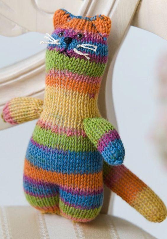 Knitting Patterns For Funky Socks : Heart, Cats and Sock on Pinterest