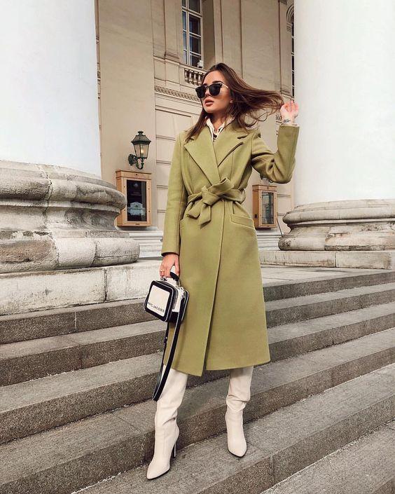 E K A T E R I N A в Instagram: «Настоящее весеннее 🌸 когда очень захотелось заказать новое пальто у @by_milani 💚 в прошлом году заказывала у них розовое и даже на 🤰🏽 мне…»