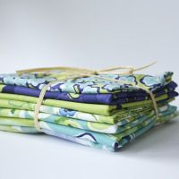 http://shop.kathydavis.comHappiness Fat Quarters (indigo)