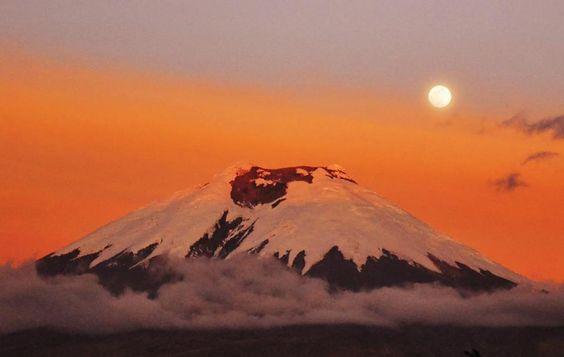 El Volcán activo más alto del mundo... El COTOPAXI http://1502983.talkfusion.com/demos