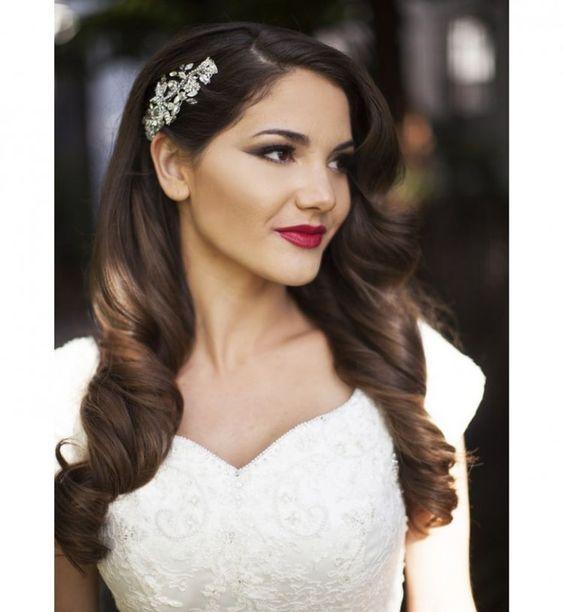 Idée coiffure de mariage : des boucles glamour et rétro  Coiffures ...