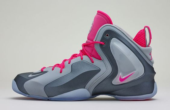 Lil_Penny_Posite_Grey-Lateral.jpg