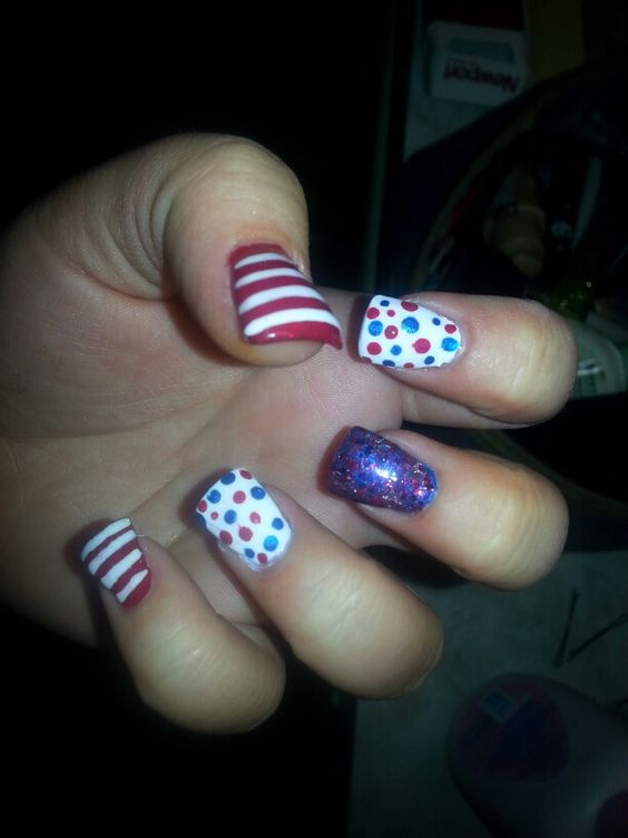 4th of July nail art. :)