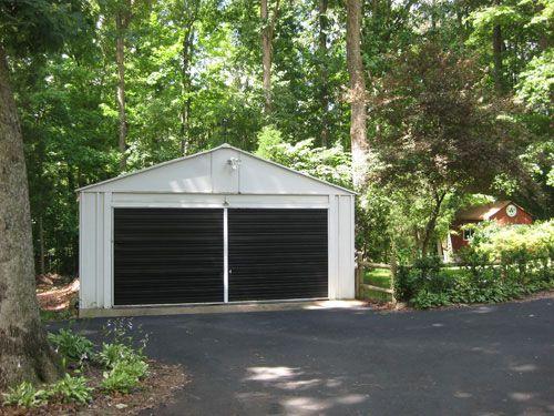 Garage doors garage and doors on pinterest - Metal exterior paint model ...