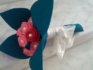 http://www.bodas.net/debates/hacer-ramo-de-fieltro-para-las-amigas--t38475