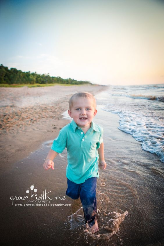 Grow With Me Photography Family Beach Session  Water fun
