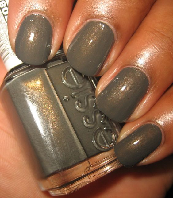 Essie: Armed and Ready | Great color for fall!