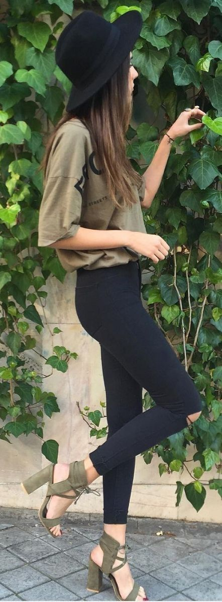Olive tank+ black distressed  skinny pants, olive sandals