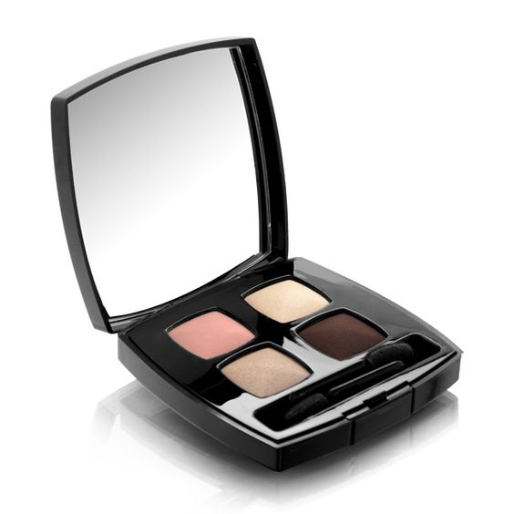 QUADRA EYE SHADOW