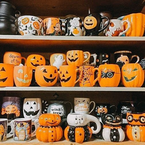 Halloween is coming! 👻🎃🦇Hurry up to buy new set of presets for magic holiday! such cute cups