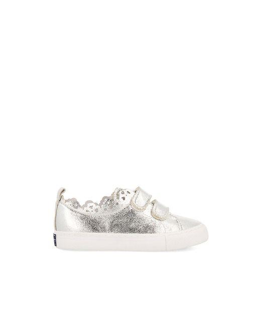 Zapatillas deportivas de niña Gioseppo plata con cierre velcro