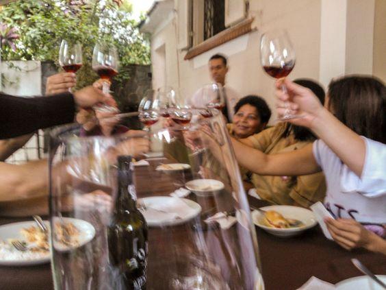 Almoço de domingo no Hermengarda! Curtindo com os amigos antes da casa abrir...