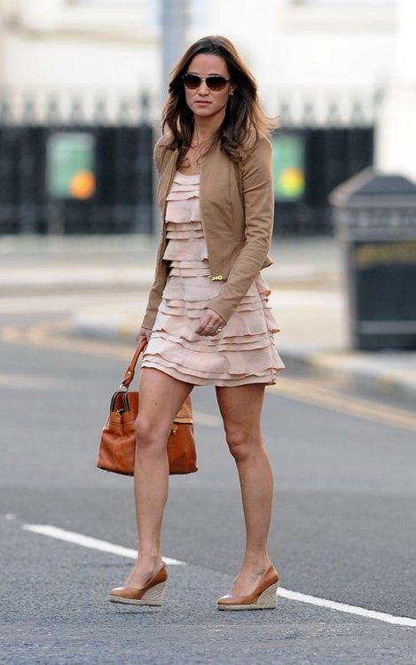 Pippa Middleton wearing wedge espadrilles with a pink sundress